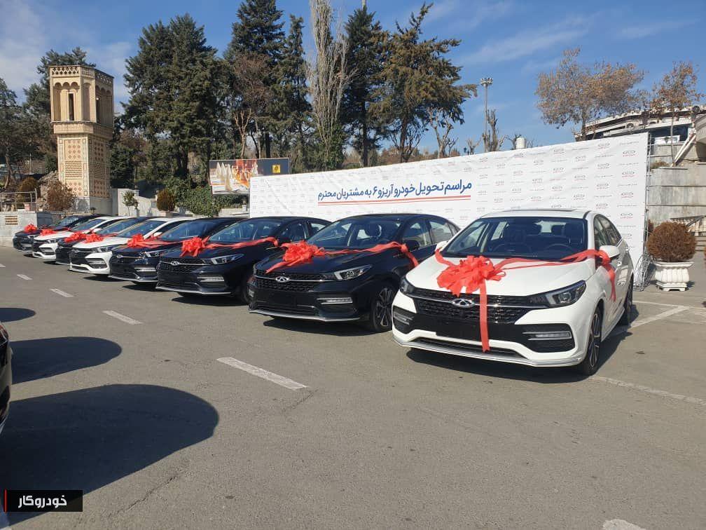 نخستین سری خودروهای آریزو ۶ مدیران خودرو تحویل مشتریان شد