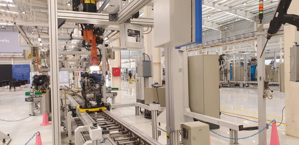 برنامه ریزی گروه بهمن برای تولید خودروی تمام برقی/ فیدلیتی گروه بهمن با موتور ۴ سیلندر تولید می شود